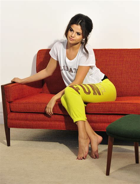 A Place Barefoot Foot Forum Selena Gomez New Photoshoot X 6