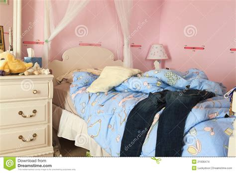 messy bedroom images messy bedroom stock images image 21936474