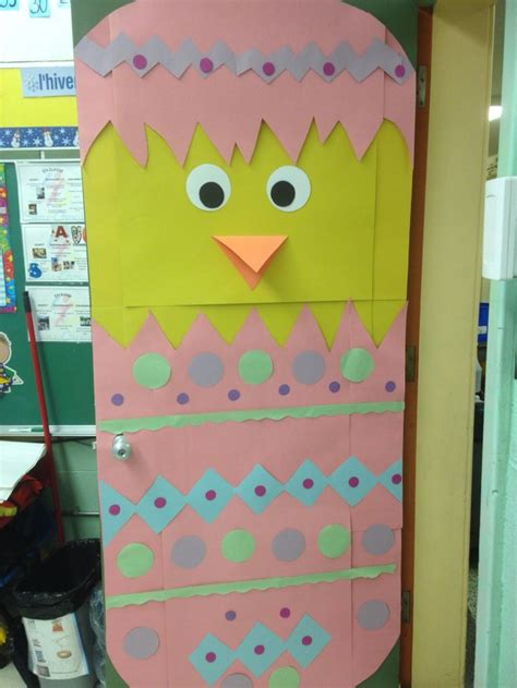 Easter Classroom Decorations by 1000 Ideas About Preschool Door Decorations On