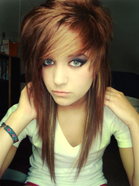 emo hairstyles for long faces top 16 simplest ways to make the best of emo hairstyles