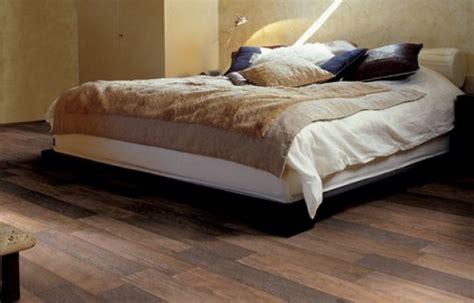 pavimenti camere da letto piastrelle da letto dragtime for