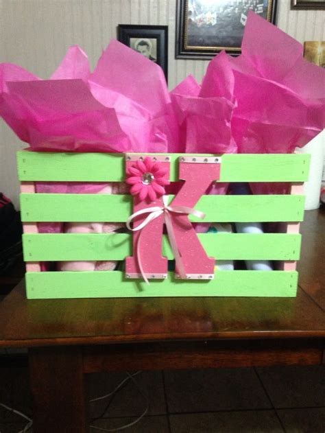 Walmart Baby Shower Gifts by Best 25 Baby Shower Baskets Ideas On Shower