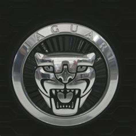 jaguar emblems badges jaguar s type grille badge growler emblem xr851456 cars