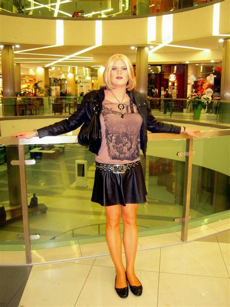 tg and crossdressing makeovers in st louis mo crossdressed in bar the world s best photos of cd and