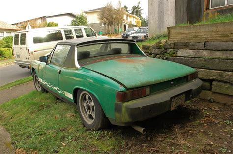 old porsche 914 old parked cars 1975 porsche 914