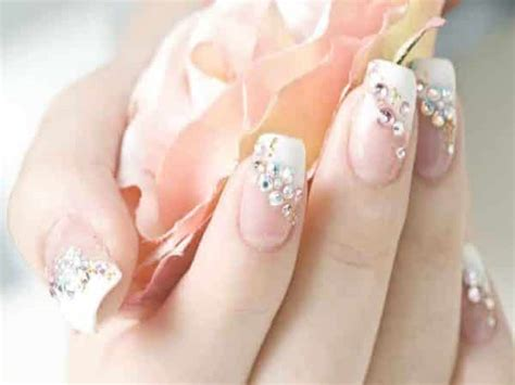 Finger Nail Designs by 12 Beautiful Wedding Fingernail Designs