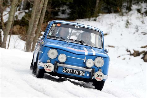 renault rally renault quatre renault 8 gordini sur le rallye monte