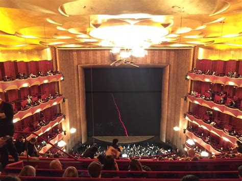 metropolitan opera seating chart family circle