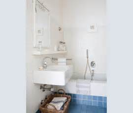 piastrelle bagno azzurre oltre 20 migliori idee su bagni in piastrelle bianche su