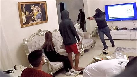 robbing a house breaking into house robbery prank youtube