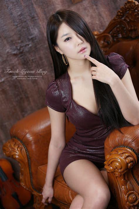 Minidress Maroon eun seo maroon mini dress asian