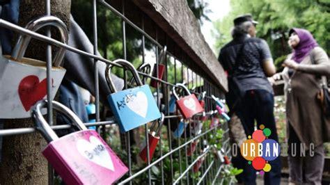 Gembok Cinta Di Farmhouse 4 lokasi gembok cinta di bandung your bandung