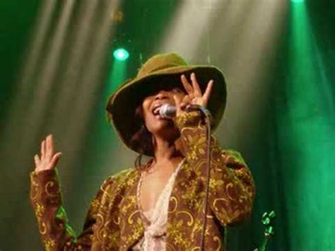 erykah badu window seat instrumental erykah badu s soldier lyrics doovi