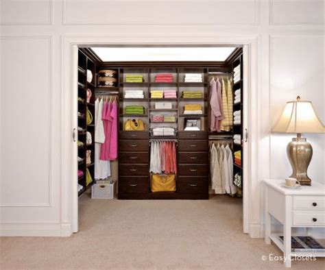 Organized Closets Pictures by 1 000 Easyclosets Organized Closet Giveaway