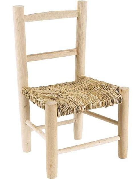 peindre chaise en bois chaise enfant paille bois brut 224 peindre la vannerie d