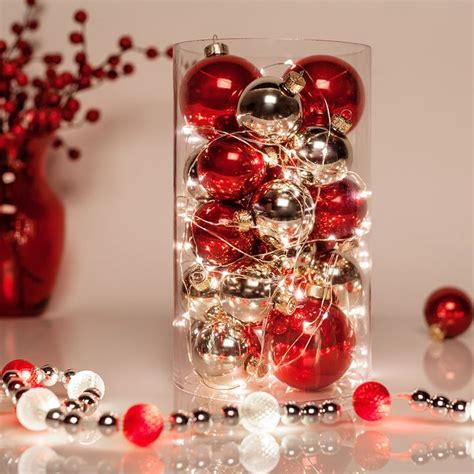 centerpieces with ornaments best 25 centerpieces ideas on