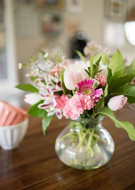 how to floral arrangements easy fresh flower arrangements