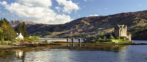 cottage scozia eilean donan kyle of lochalsh scotland