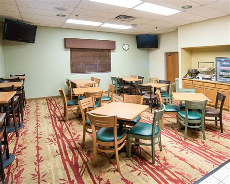 comfort inn plymouth minnesota comfort inn plymouth minneapolis reviews photos rates