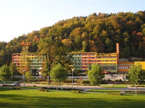 hütte in den bergen ein hotel in den bergen kostenlose stock fotos