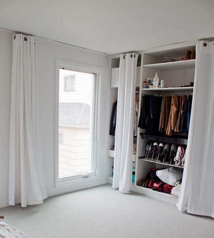 Begehbarer Kleiderschrank Einrichtung by Begehbarer Kleiderschrank Wohnideen Einrichten Living