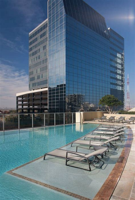 3 bedroom apartments uptown dallas uptown dallas high rise downtown views pool deck floor
