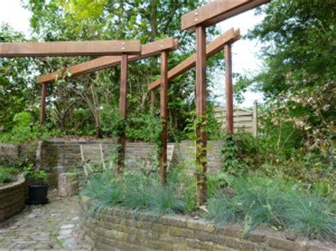 mag een meeple op een tuin waarom een pergola in uw tuin hpg hoveniers legt het u uit