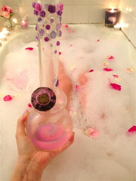 how to smoke in a bathroom girls smoke weed in a bath