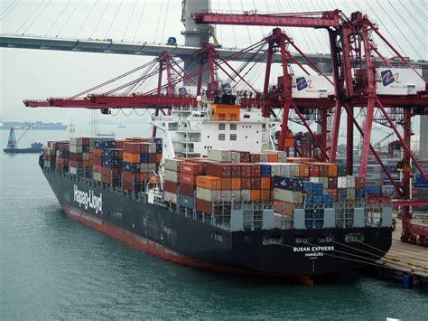 hong kong startup freightos  upending  shipping industry