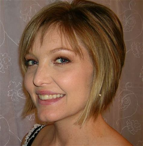 womens getting severe bob pictures severe angled long bobs picture short hairstyle