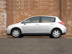 2011 Nissan Versa Hatchback 2011 Nissan Versa Price Photos Reviews Features
