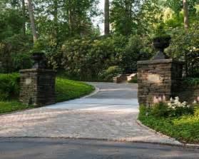 urns on columns by driveway driveway gate pinterest