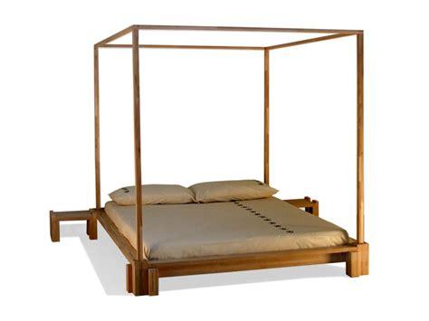 letti a baldacchino in legno prezzi kyoto letto a baldacchino by cinius