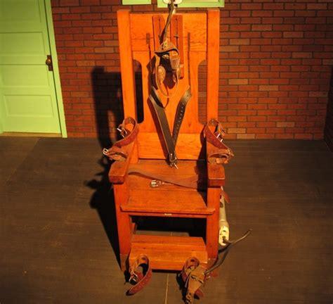 esecuzione sedia elettrica 232 morire sulla sedia elettrica vice italia