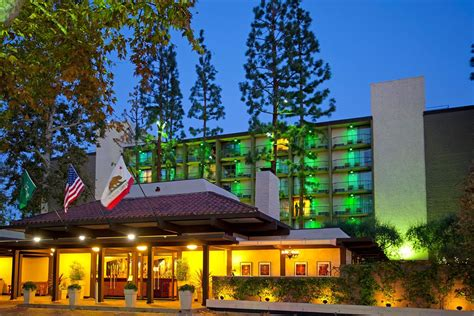 the inn at christmas place garland length hotel the garland 224 los angeles compar 233 dans 3 agences