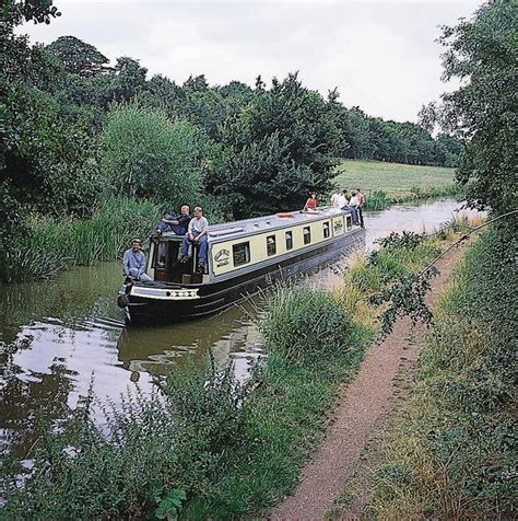 coventry canal boat hire weaver valley from coventry canal basin in coventry