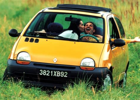 renault twingo 1993 france 1993 renault clio miles away from the competition