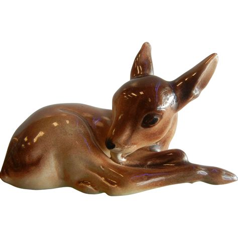 adorable vintage porcelain fawn baby deer figurine from