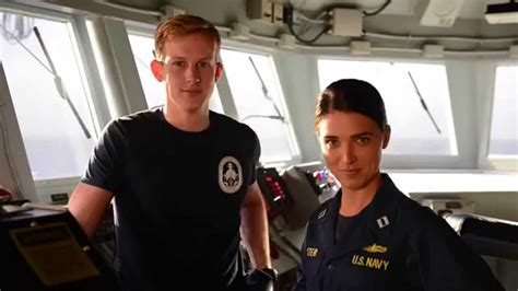 actor last video tnt s the last ship actors cheer on navy youtube