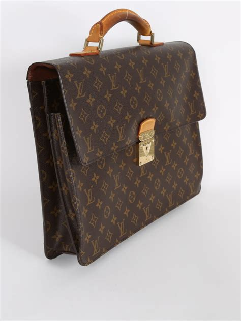 louis vuitton robusto  monogram canvas bag luxury bags
