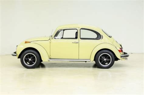 volkswagen up yellow 1971 volkswagen super beetle 35168 miles shantung yellow