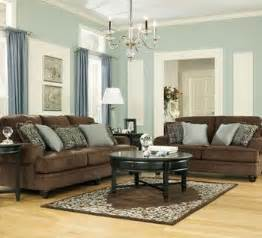 what color walls go with brown furniture living rooms room set and wall colors on