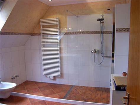 badezimmer umgestalten ideen walk in dusche fishzero dusche ideen bad verschiedene design