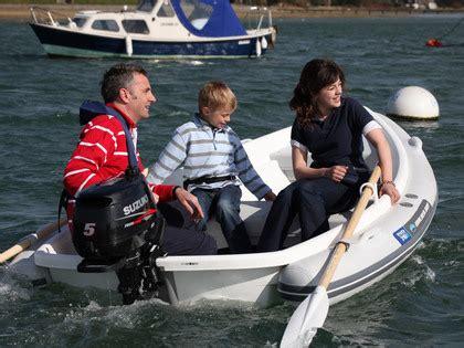 suzuki buitenboordmotor 5 pk suzuki 5 pk 4 takt prijzen vanaf verschuur watersport