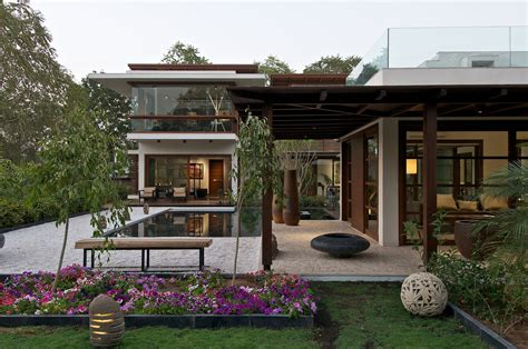 courtyard house by hiren patel architects architecture gallery of the courtyard house hiren patel architects 11