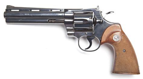Revolfer Pyton colt python revolver 357 magnum