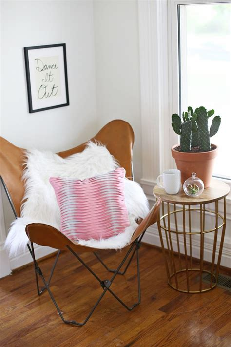How To Make A Pillow Chair by Leather Butterfly Chair With Pillow Pictures Photos And