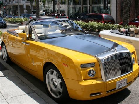 yellow rolls royce spotted a quot bijan yellow quot rolls royce phantom drophead