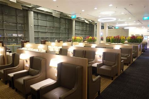 Lucky Rich Air Lounge 10 of the most amazing airport lounges in the world