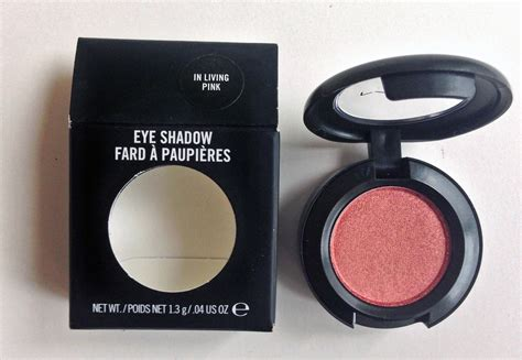 Mac Sundressing by Mac Eyeshadow In In Living Pink Limited Edition